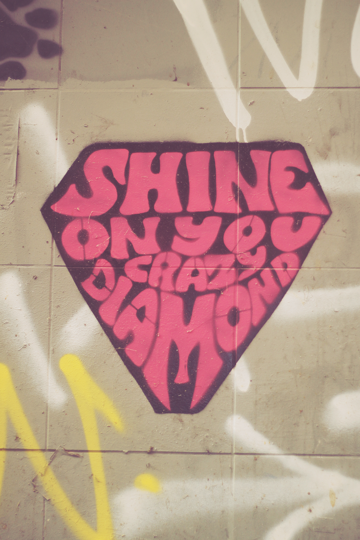 istanbul_graffiti shine on you crazy dimond