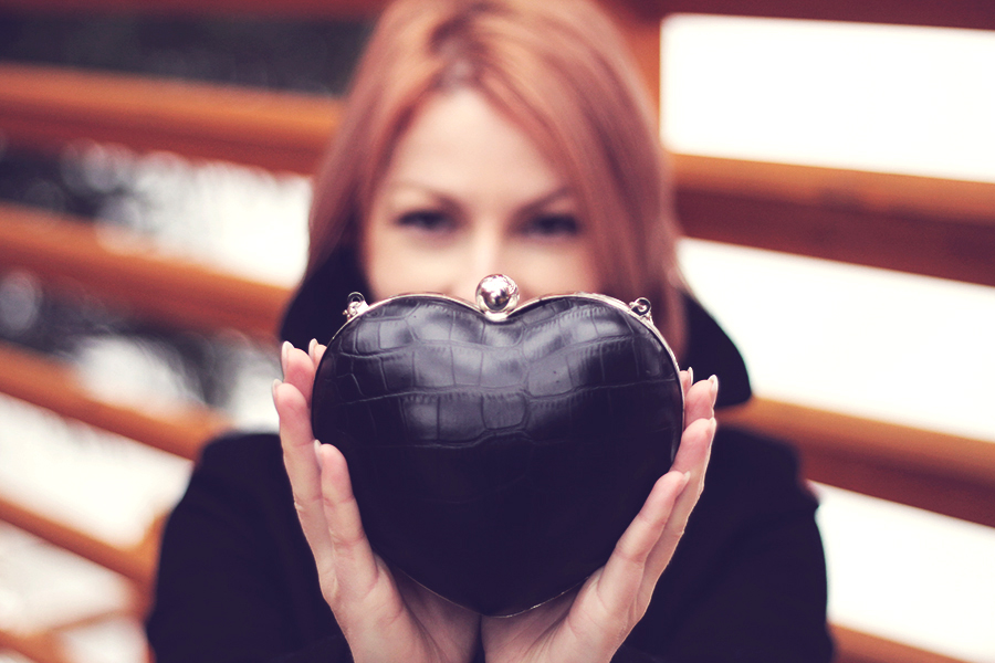 heart shaped clutch