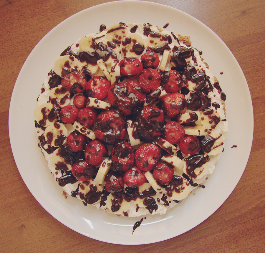 chocolate_covered_fruit_no_bake_cheesecake_2