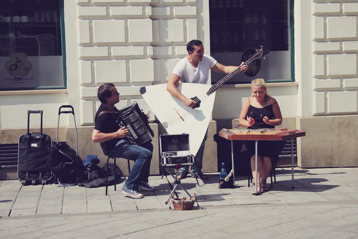 bratislava street singers