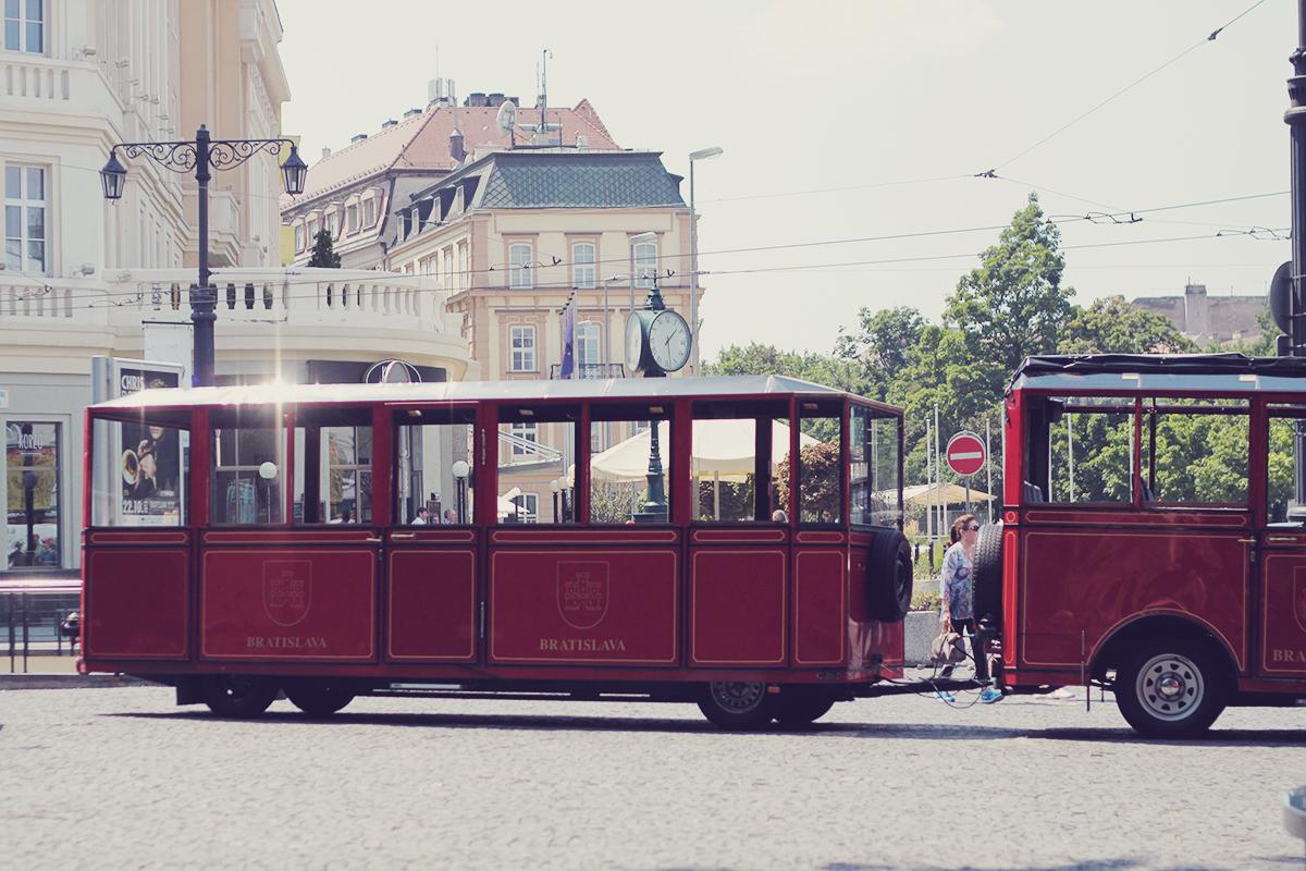 bratislava tourist carts2