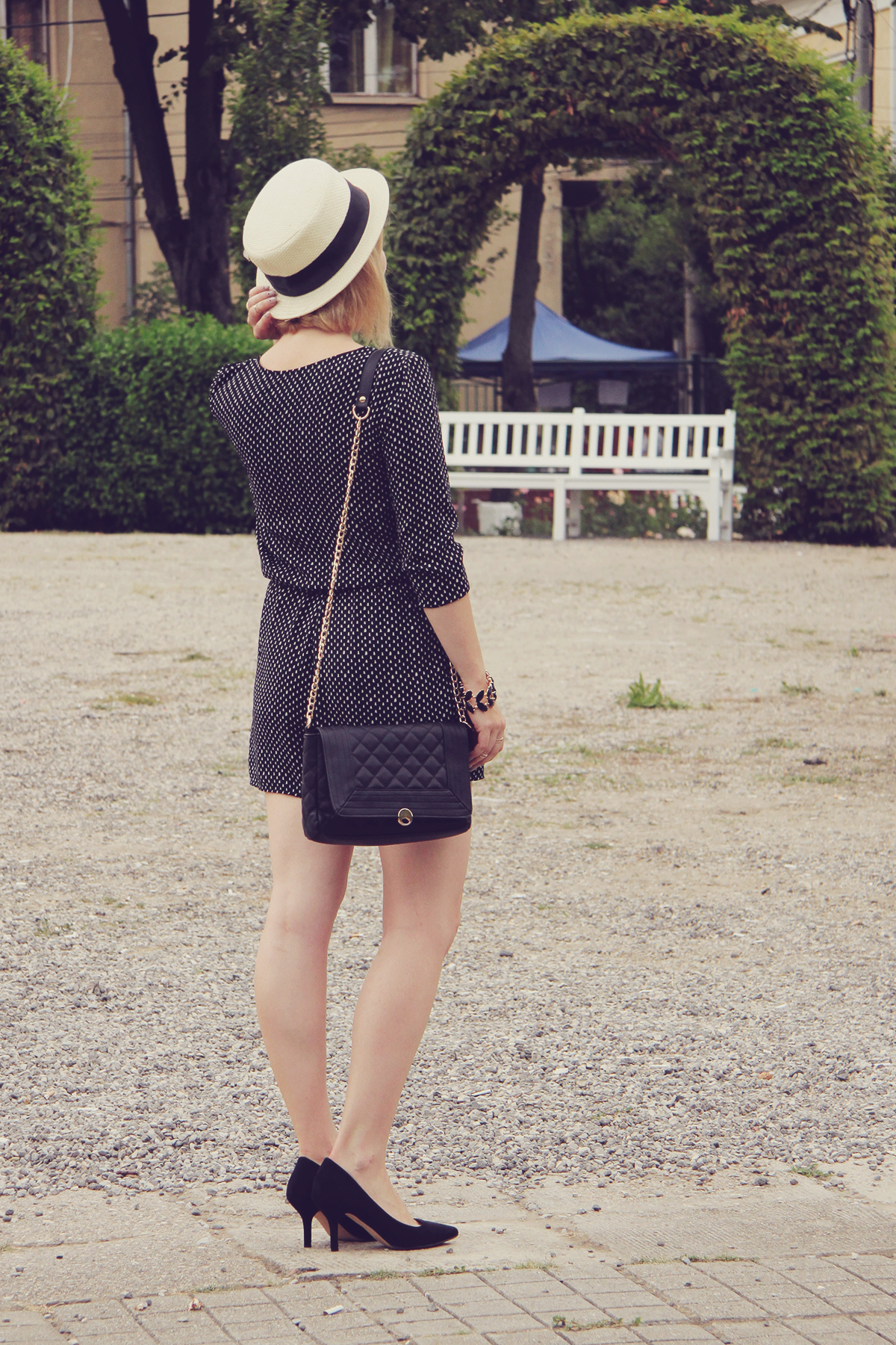 straw boater hat and romper5