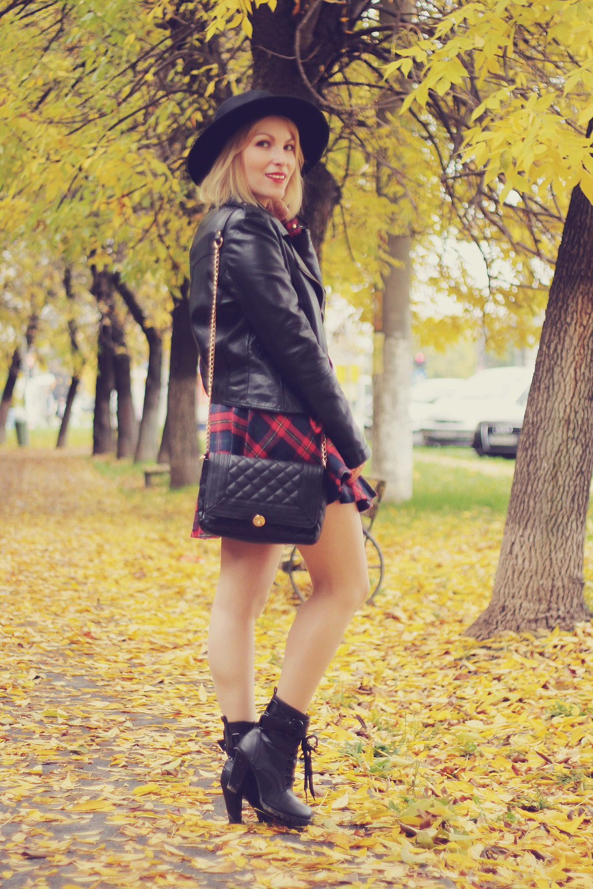 fall outfit tartan and leather