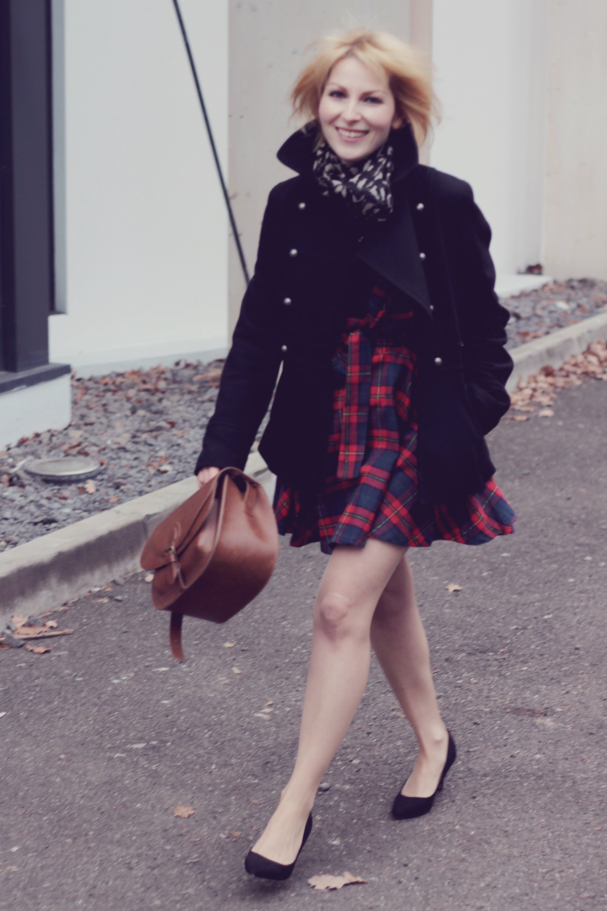 tartan dress_black coat and heels