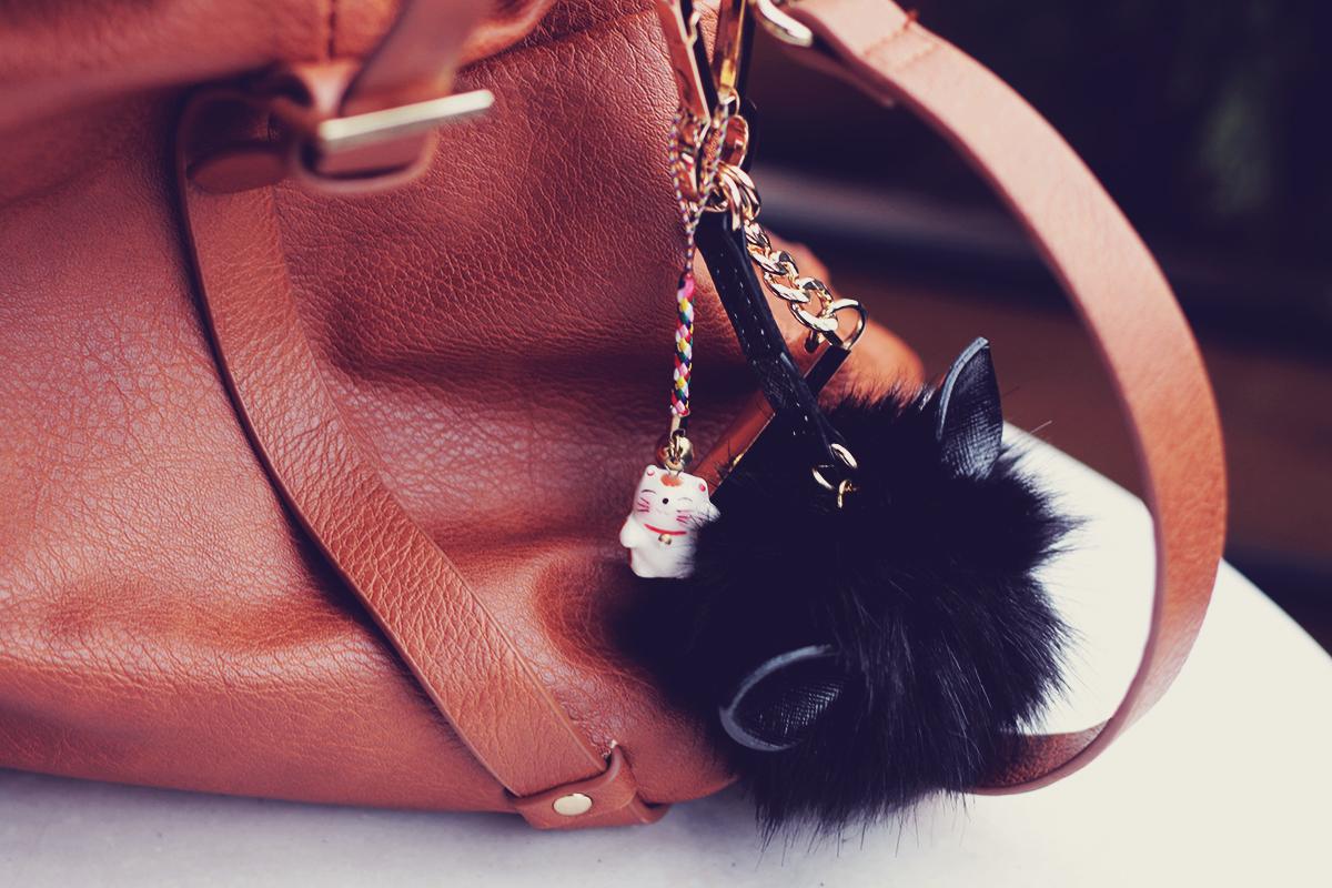bag kitty charm and pompom