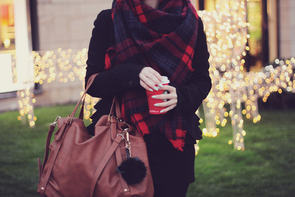 the tartan scarf and tote bag