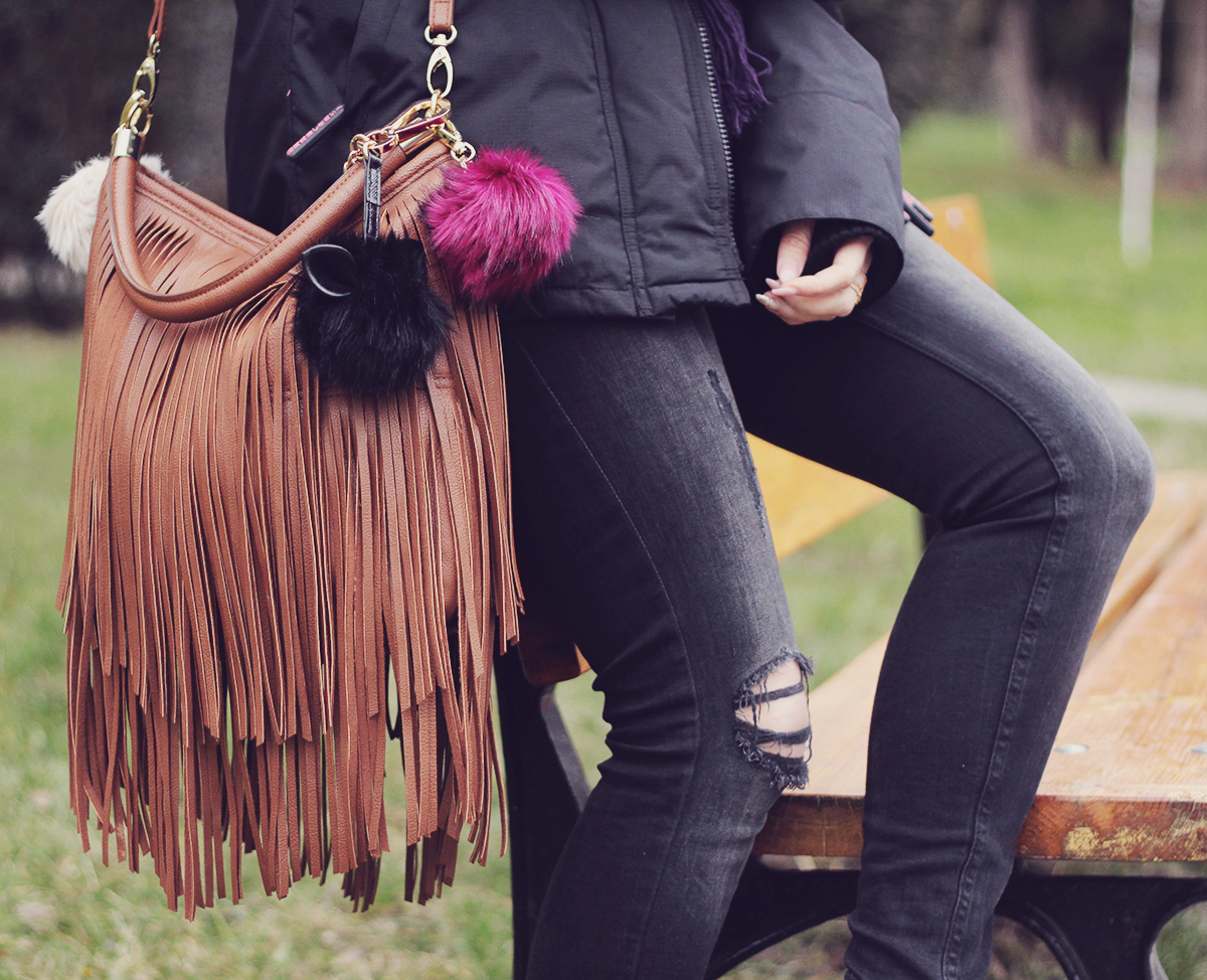 sporty look - fringes and pompoms