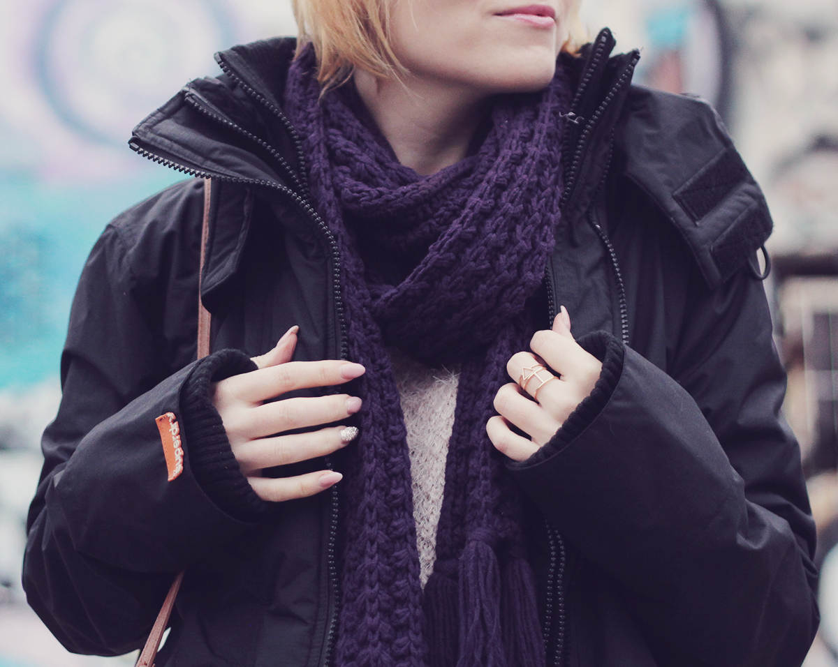 sporty look - the knitted scarf and rings