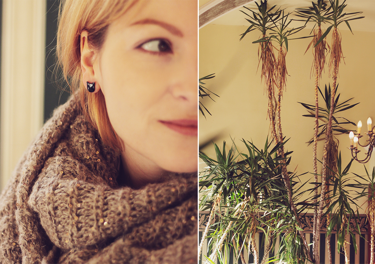 kitty stud earrings and knitted scarf - szeged hungary