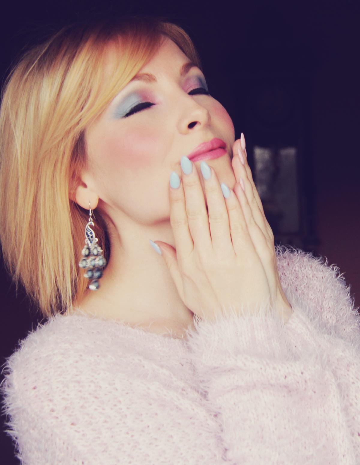 rose quartz and serenity make-up and rose quartz and serenity nails