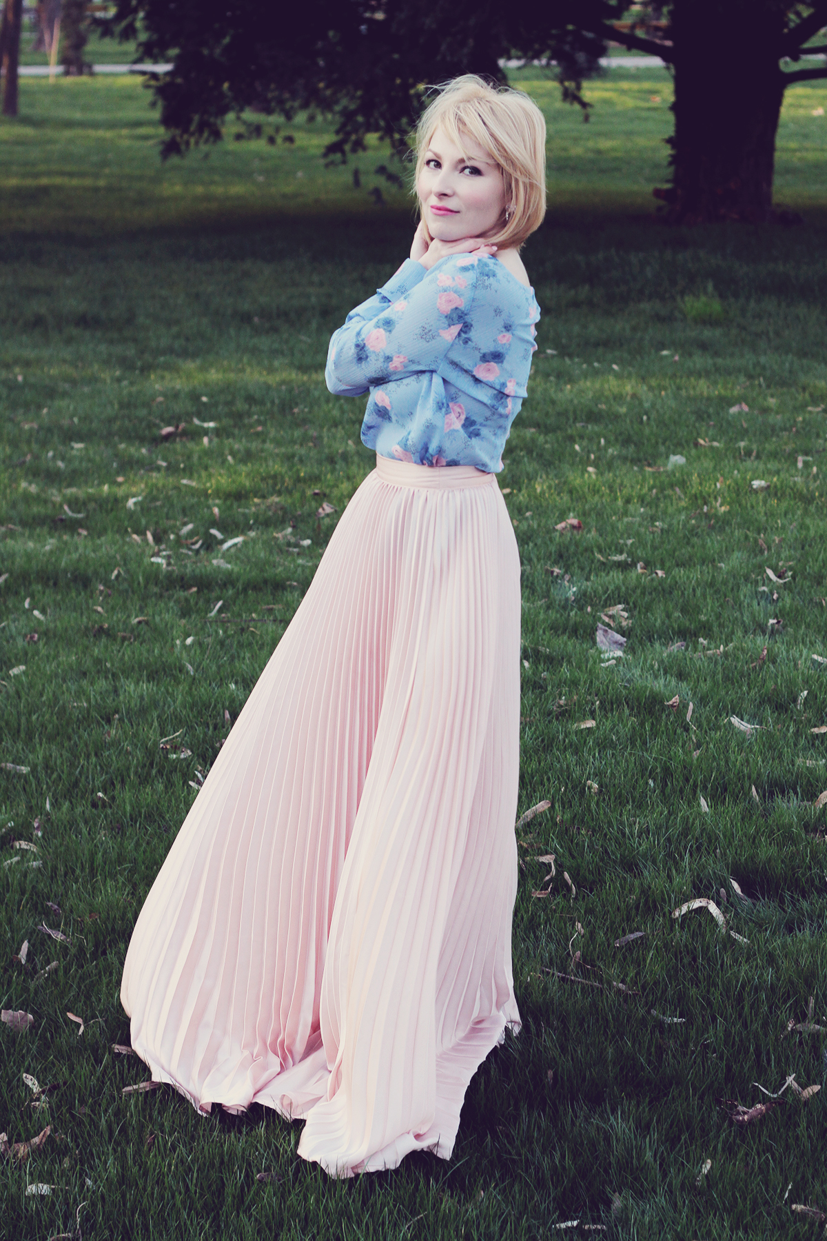 rose quartz and serenity top and rose quartz pleated skirt