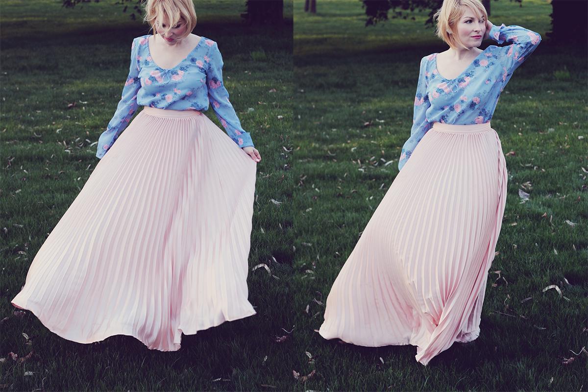 rose quartz pleated long skirt