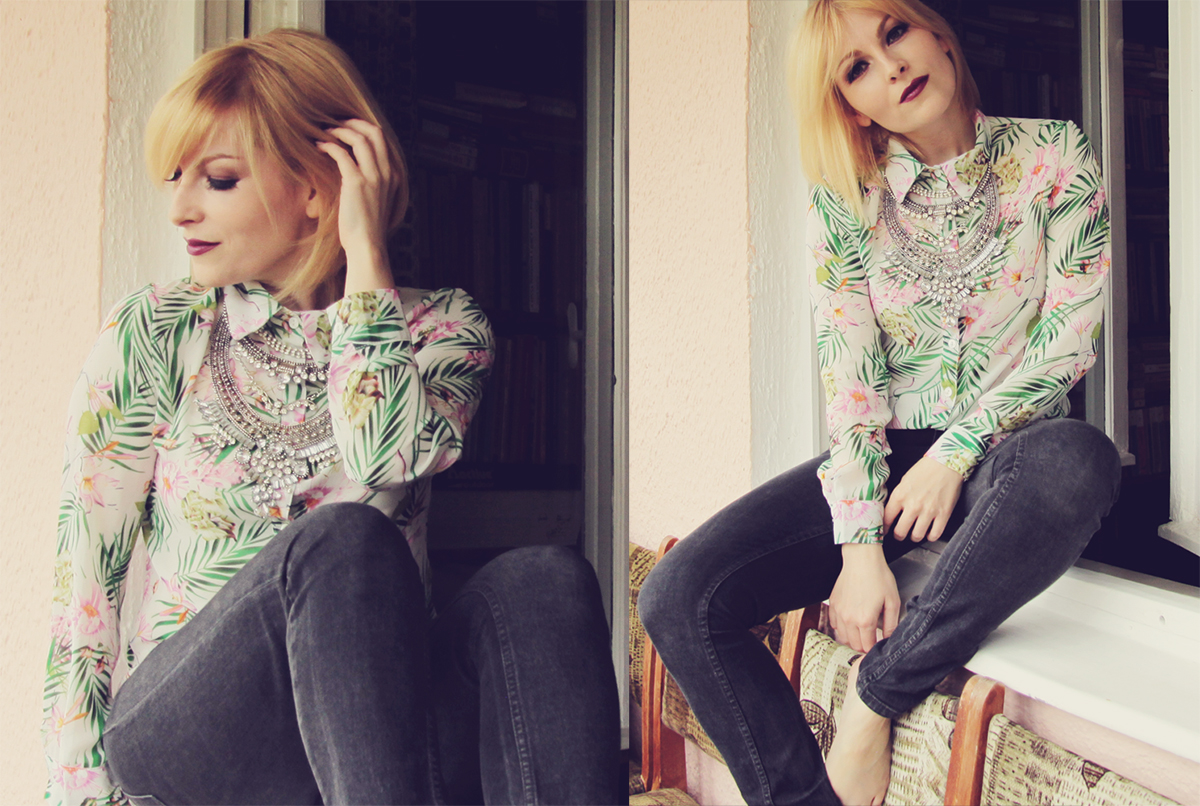 statement necklace and pattern shirt