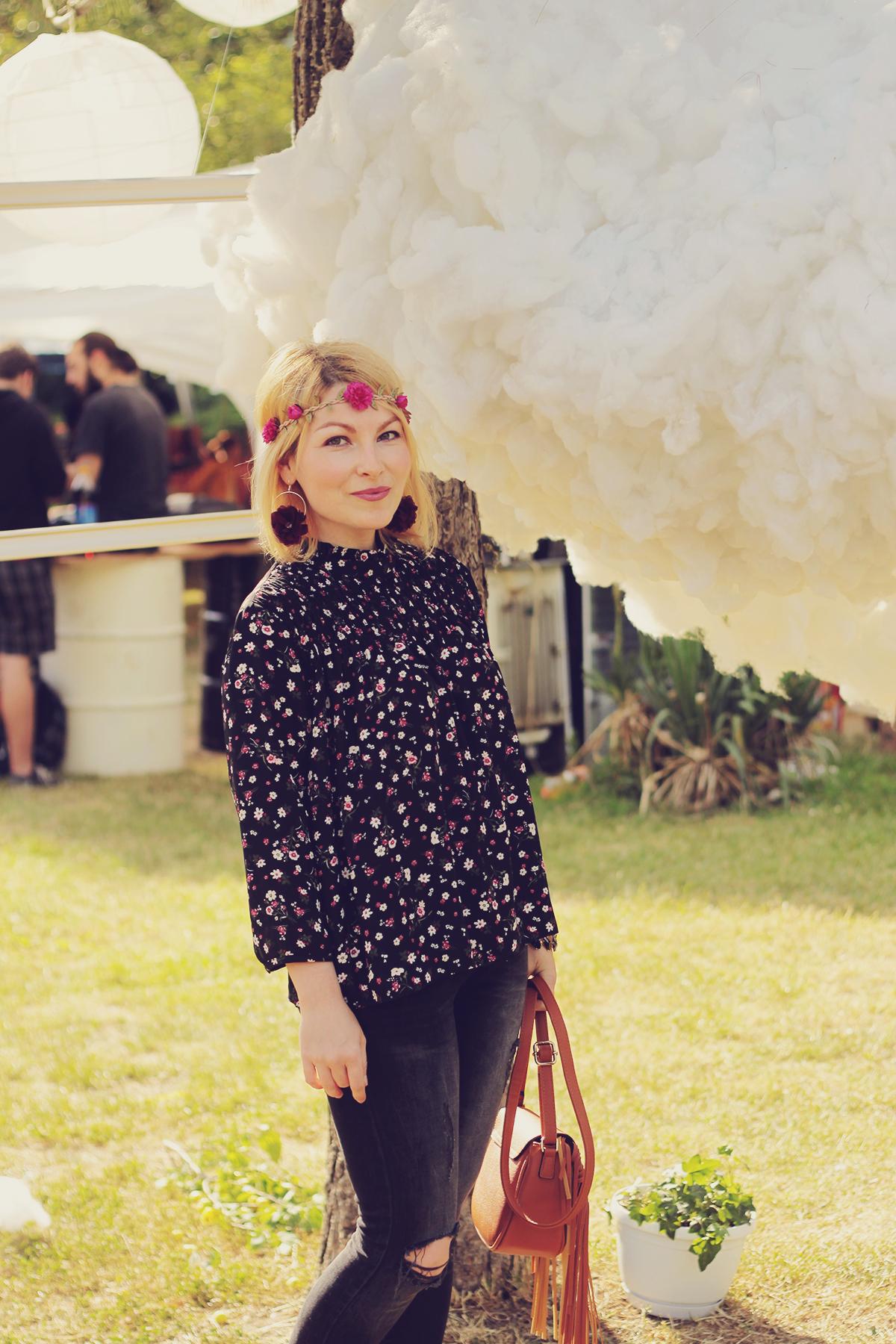 festival look_floral top