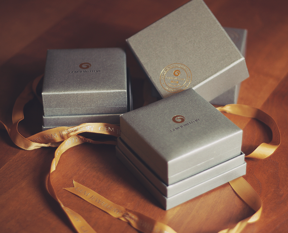 beautiful-star-harvest-gem-jewelry-packaging