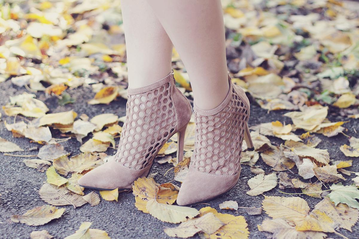zaful-nude-heel-boots