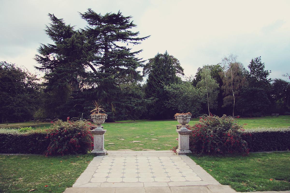 london-back-yard-at-forty-hall