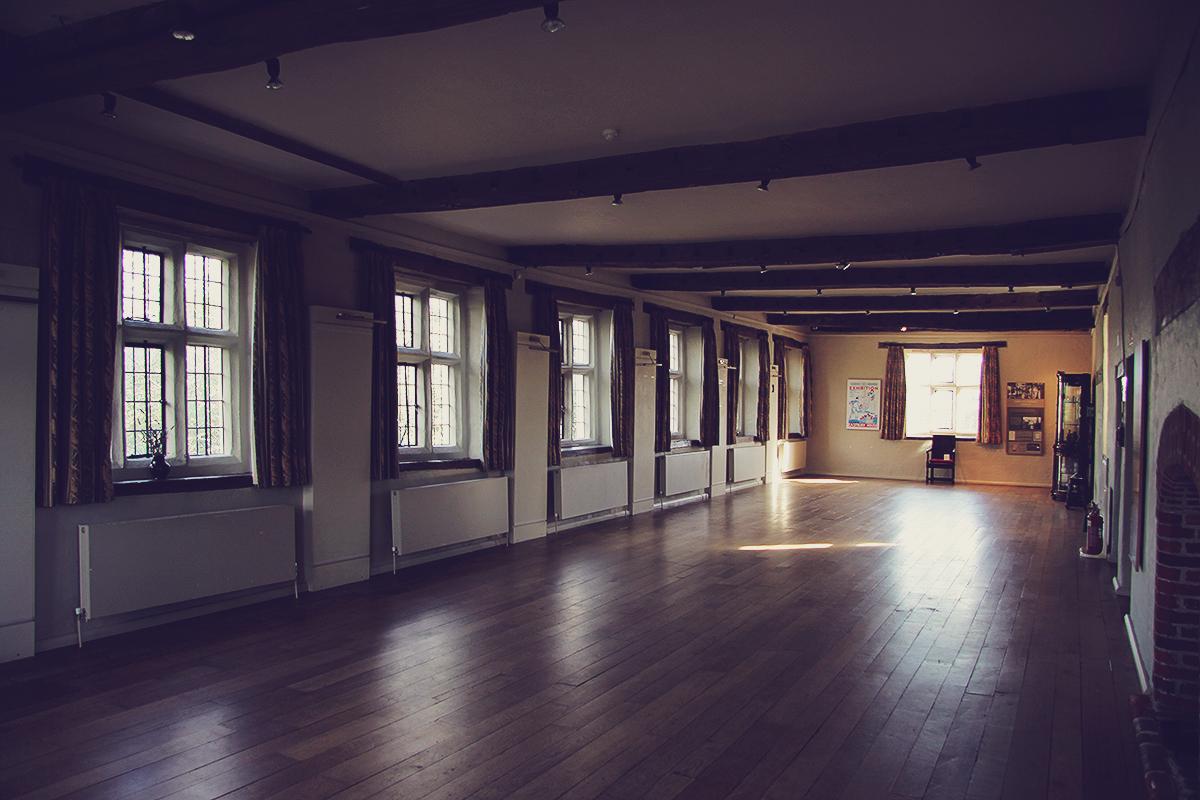 london-inside-eastbury-mansion