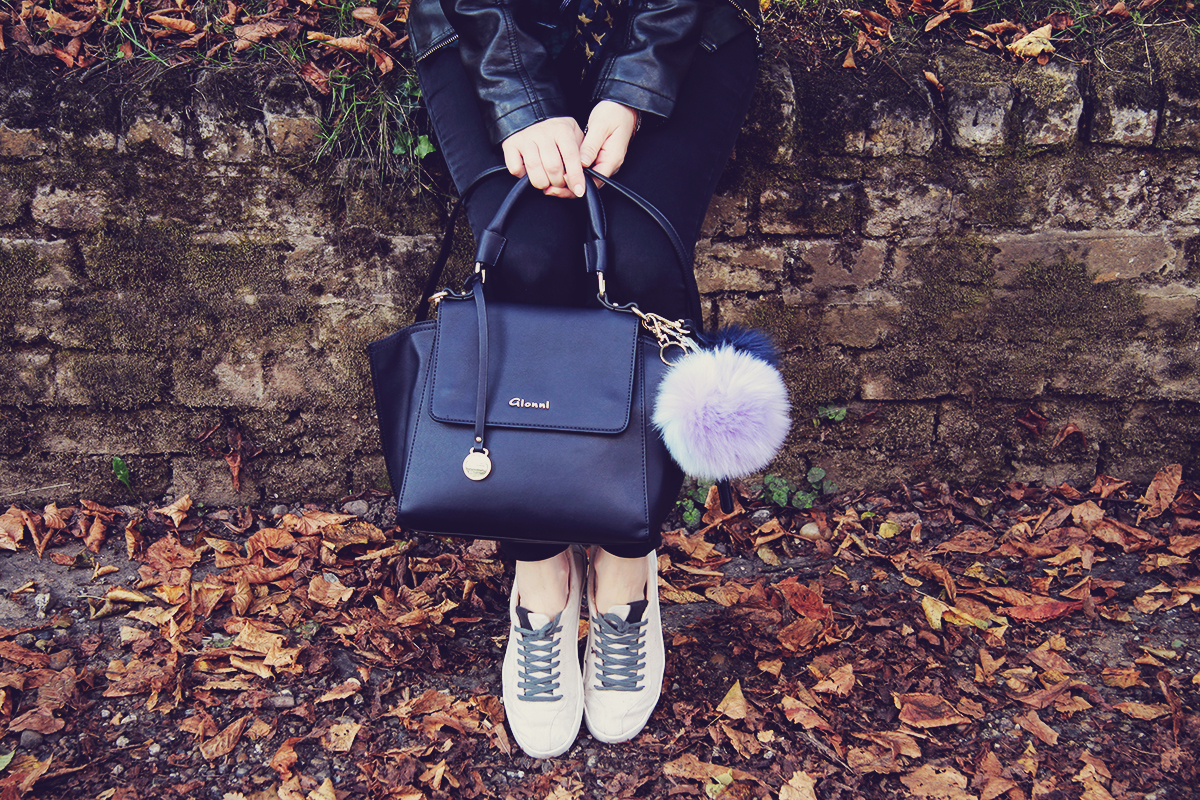 london-plimsolls-and-bag-with-pom-poms