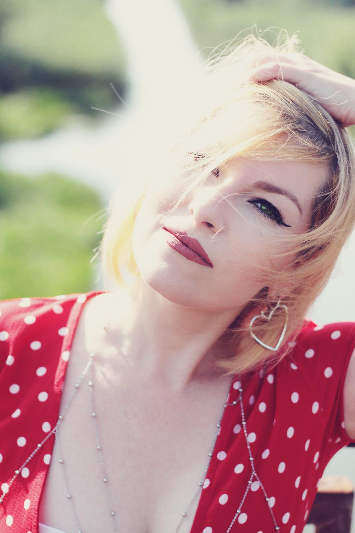 red polka dot dress, body chain, heart earrings, matte lips, make-up, summer