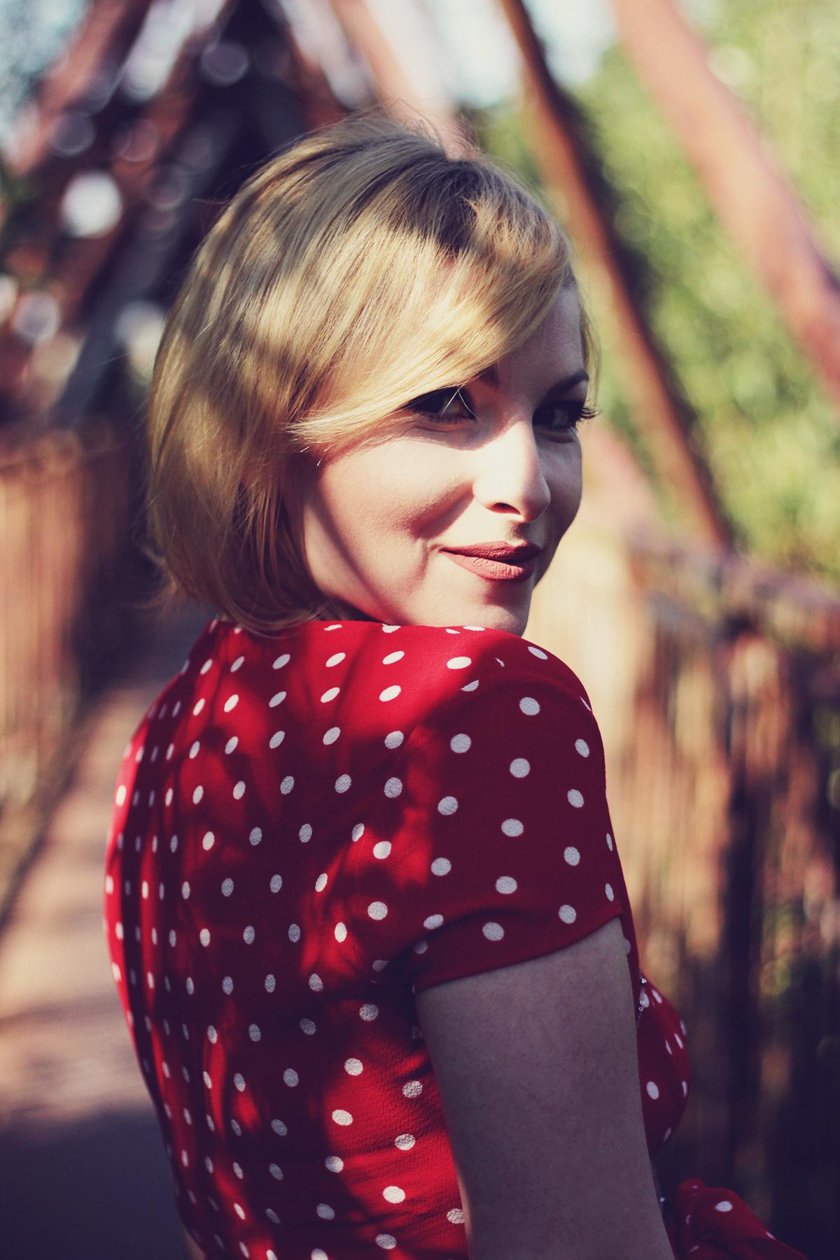 red polka dot dress, matte lips