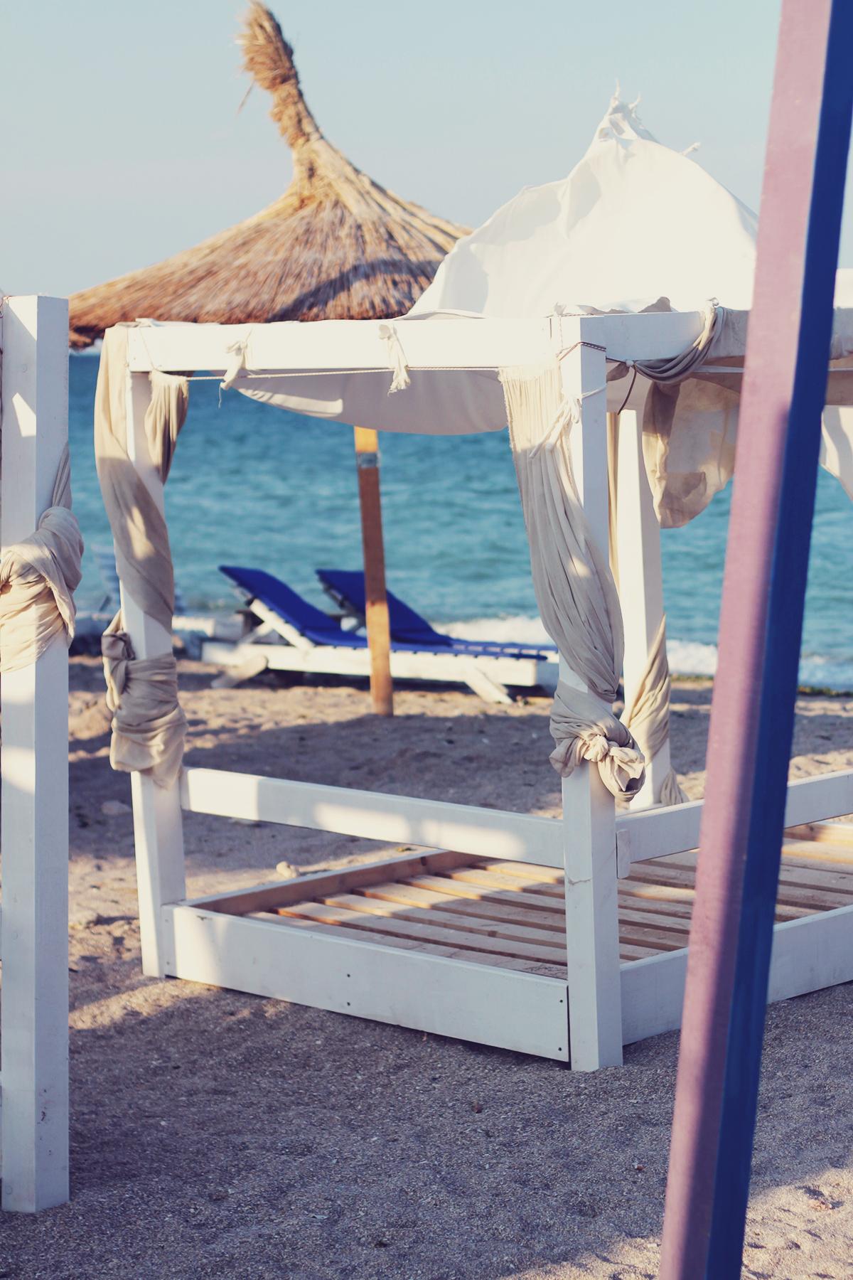 beach beds, beach, vama veche