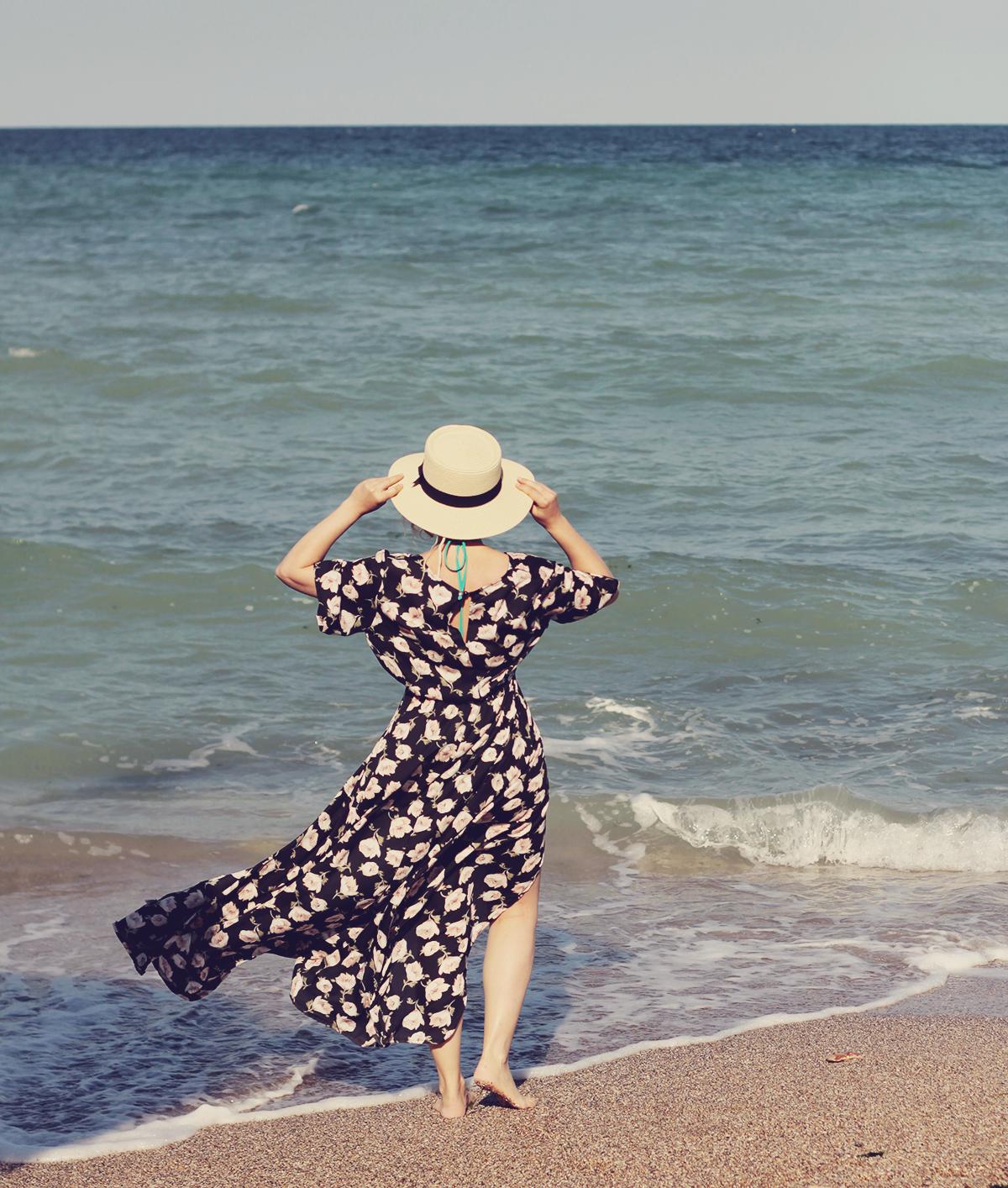 zaful floral maxi dress, vama veche, beachside, straw hat