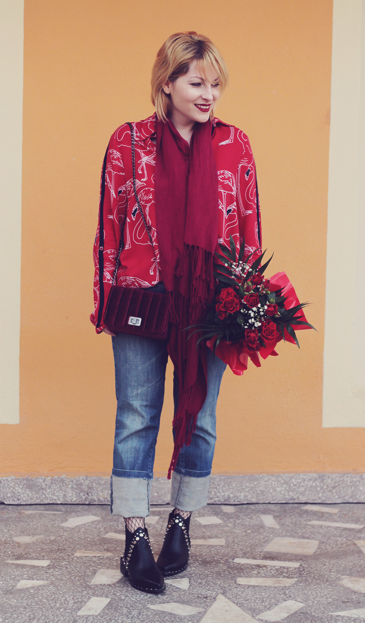colorblocking, red, winter look, red long scarf, red flamingo shirt, red velvet mini bag, red roses bouquet, boots, spring, fishnet stockings, jeans